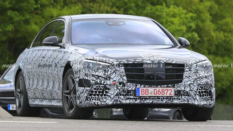 2021 Mercedes S-Class Strips Off Some Of The Camo In New Spy Photos