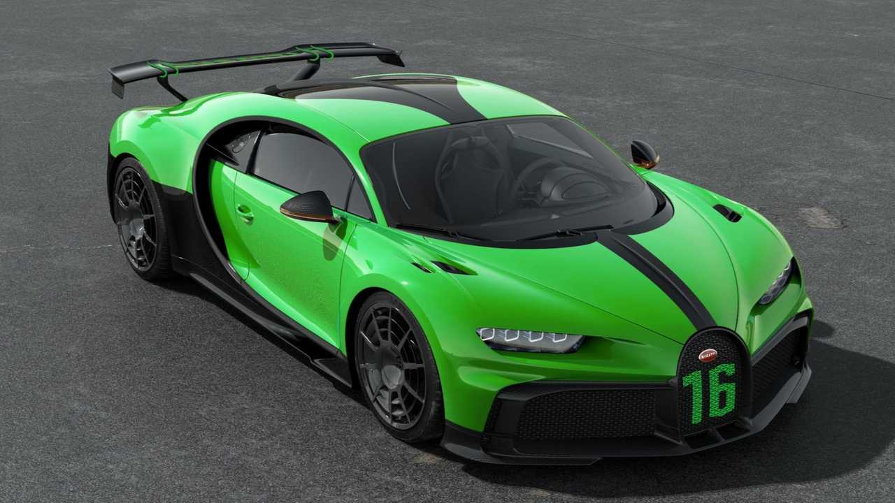 Bugatti Chiron Pur Sport in Lime Green