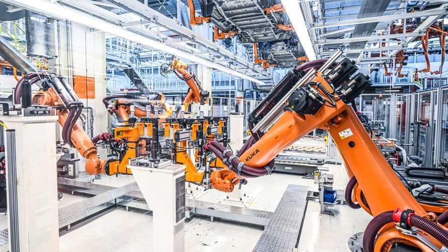 Volkswagen, ad Hannover pronti a produrre Multivan T7 e ID.Buzz