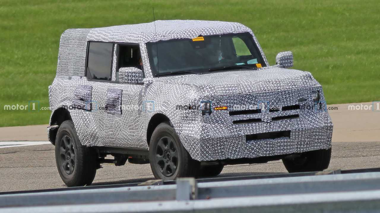 Ford Bronco Spy Photos