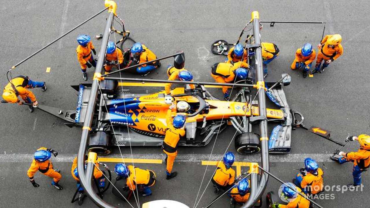 Lando Norris pit stop at Mexican GP 2019