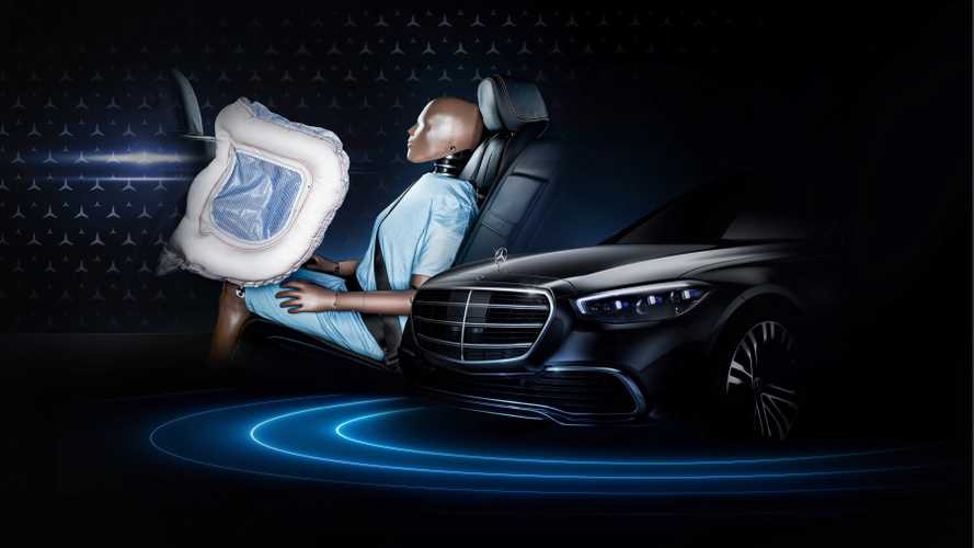 New Mercedes S-Class airbags protect rear passengers in front crashes