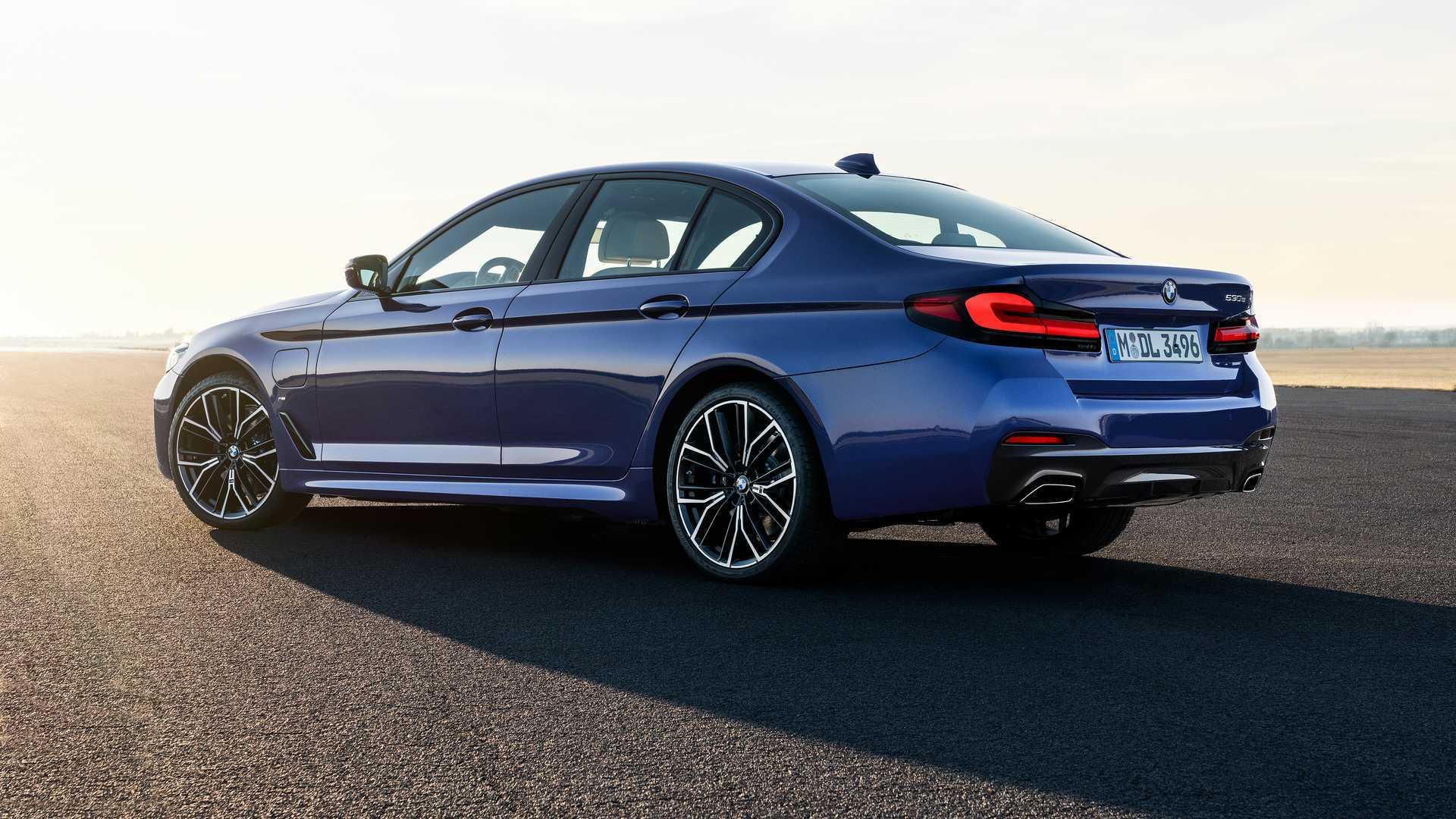 2021 BMW 550I Exterior