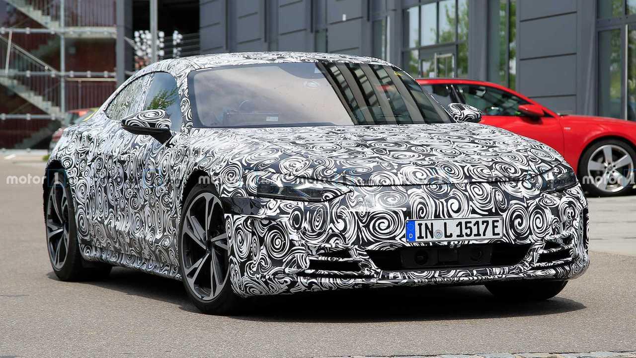 Свежие шпионские фото Audi e-tron GT