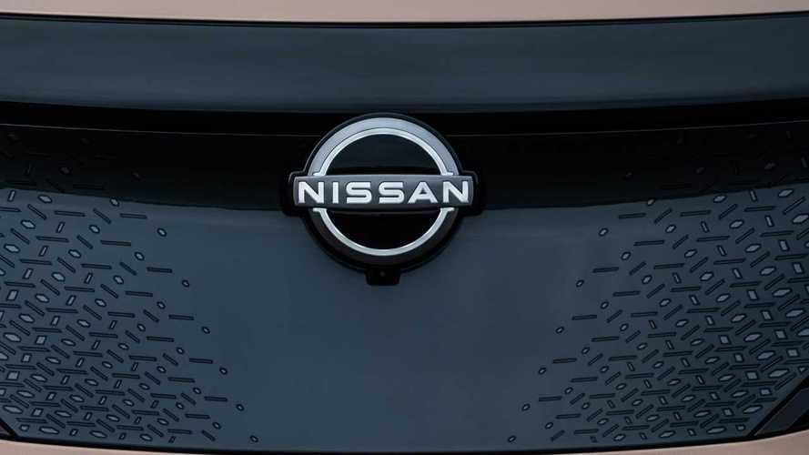La Ariya porta al debutto il nuovo logo Nissan