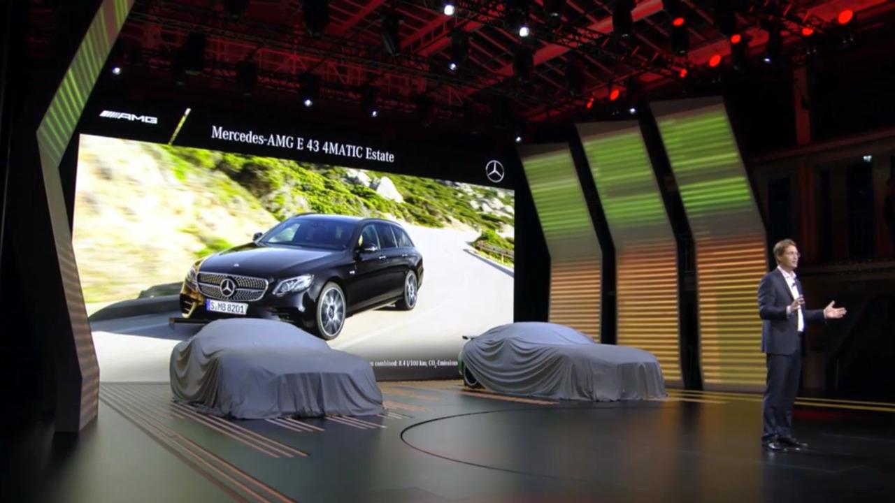 Mercedes-Benz Paris 2016 Live Stream