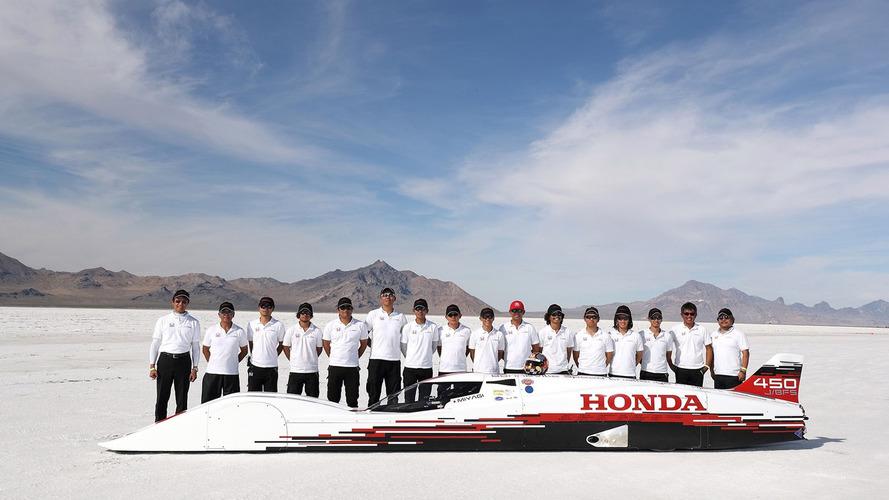 En hızlı Honda, Bonneville'de 418 km/s'i geçmeyi başardı