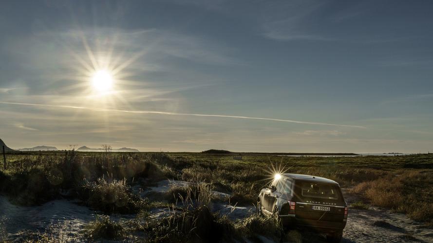 Range Rover photo shoot by Jonas Bendiksen