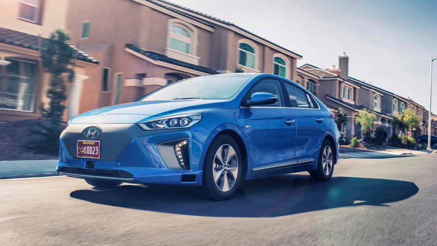 Autonomous Hyundai Ioniq will drive down Vegas Strip during CES