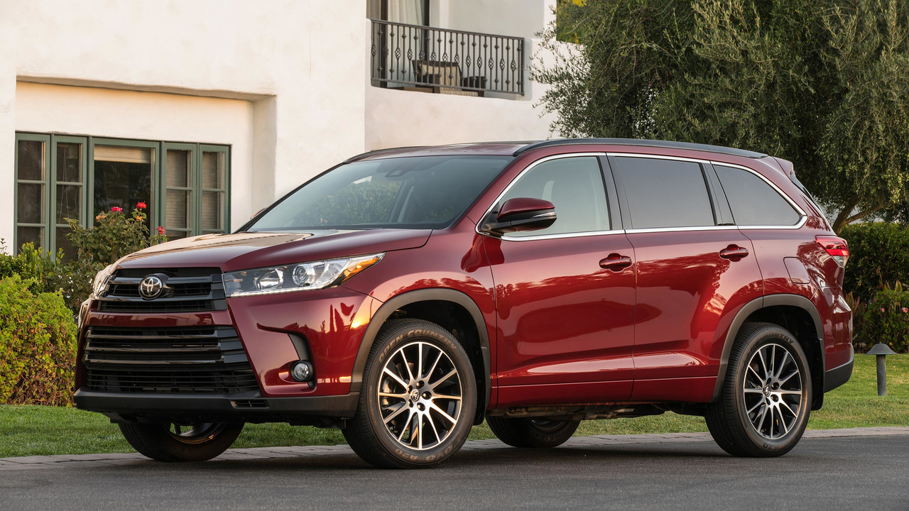 15. Toyota Highlander: 244,511 units