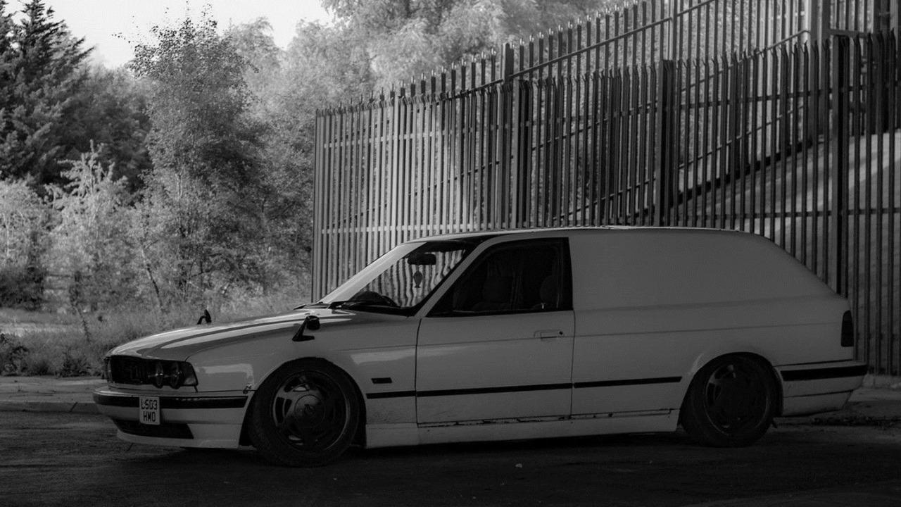BMW 5 Series van