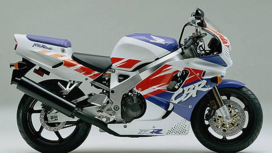 Retro: Honda CBR750RR