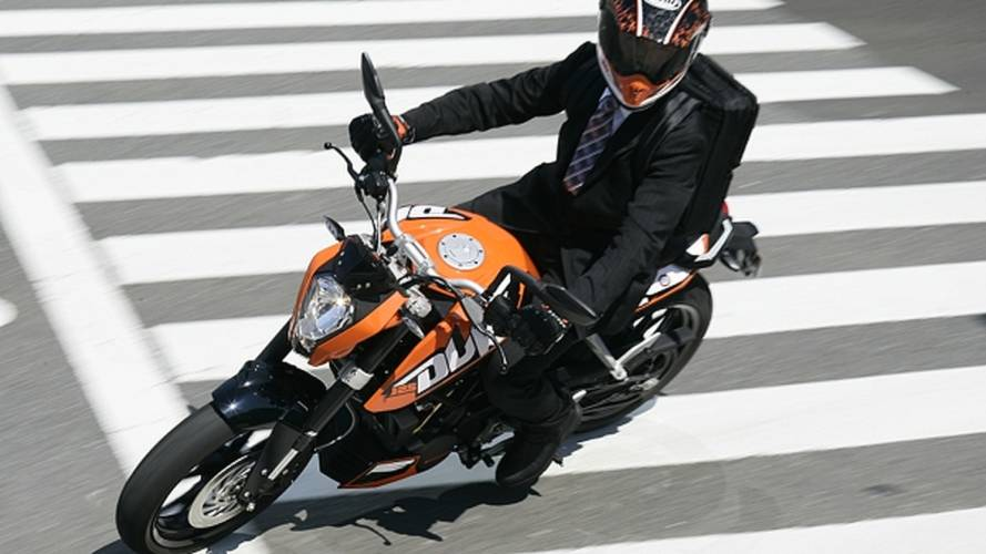 Riding the KTM 125 Duke in Japan