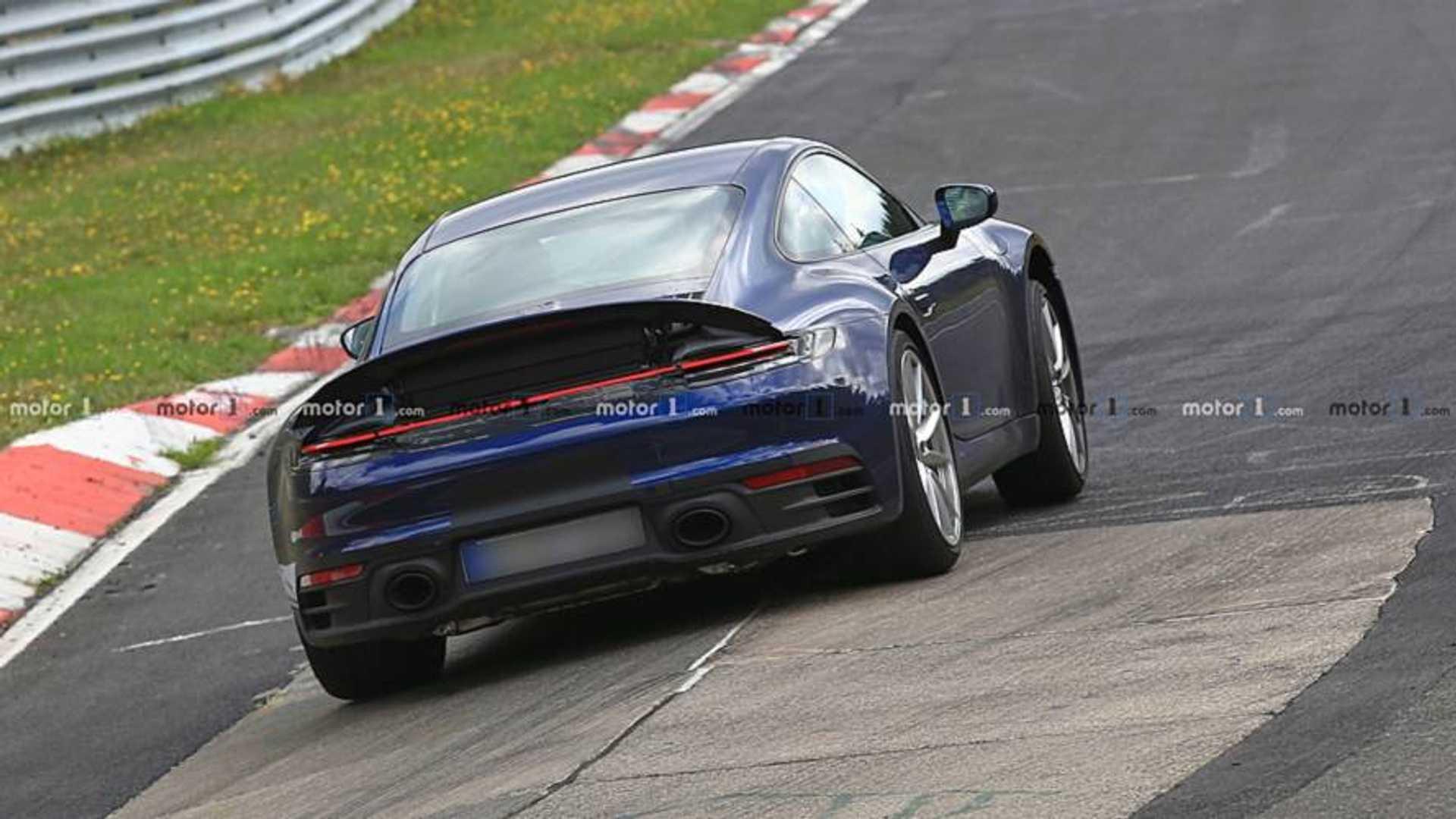 2018 - [Porsche] 911 - Page 8 2019-porsche-911-new-spy-photo