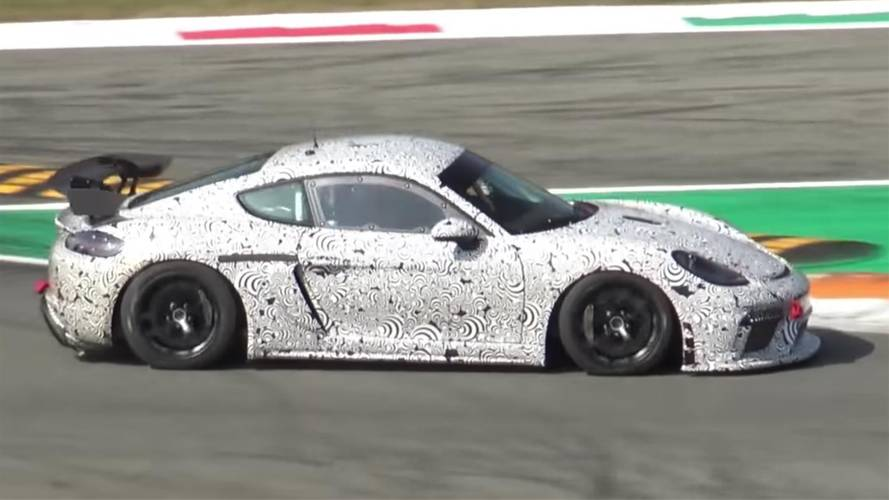 Porsche 718 Cayman GT4 Clubsport spied at Monza