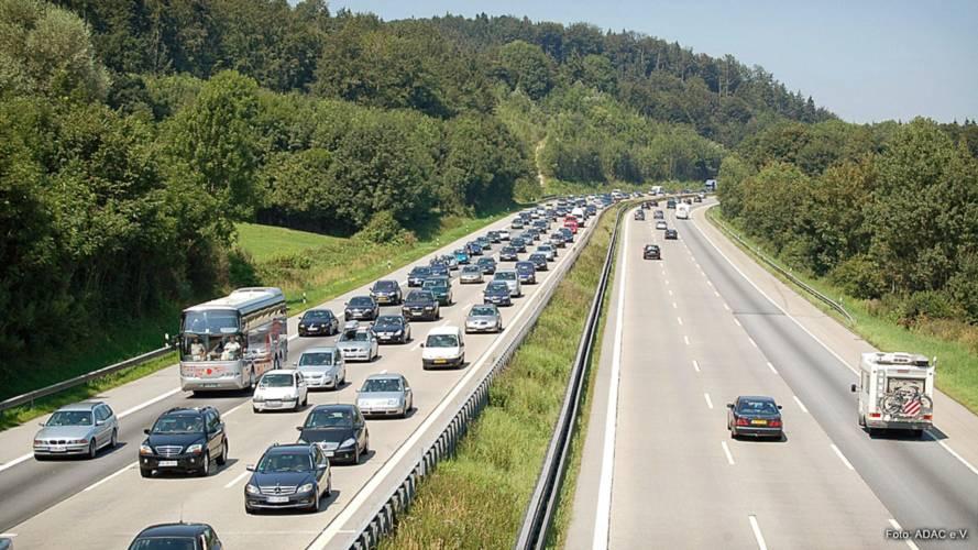 Ferienende: ADAC warnt vor Mega-Staus am Wochenende