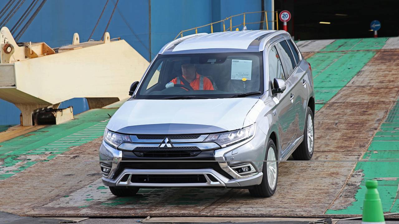 The 2019 Mitsubishi Outlander PHEV has arrived in the UK