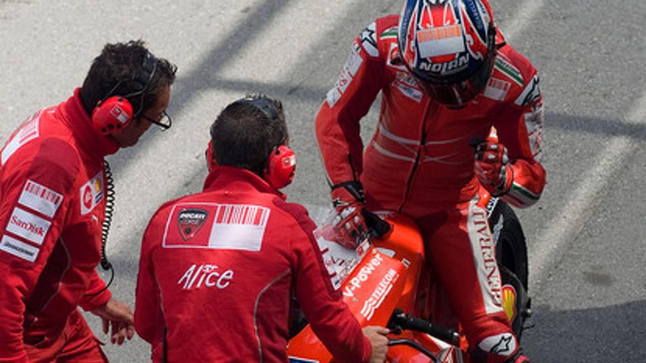 Stoner to Honda, Rossi to Ducati?