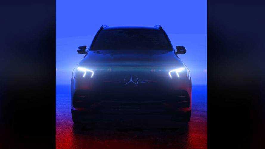 2019 Mercedes GLE'nin ön yüzünü gösteren bir teaser yayınlandı