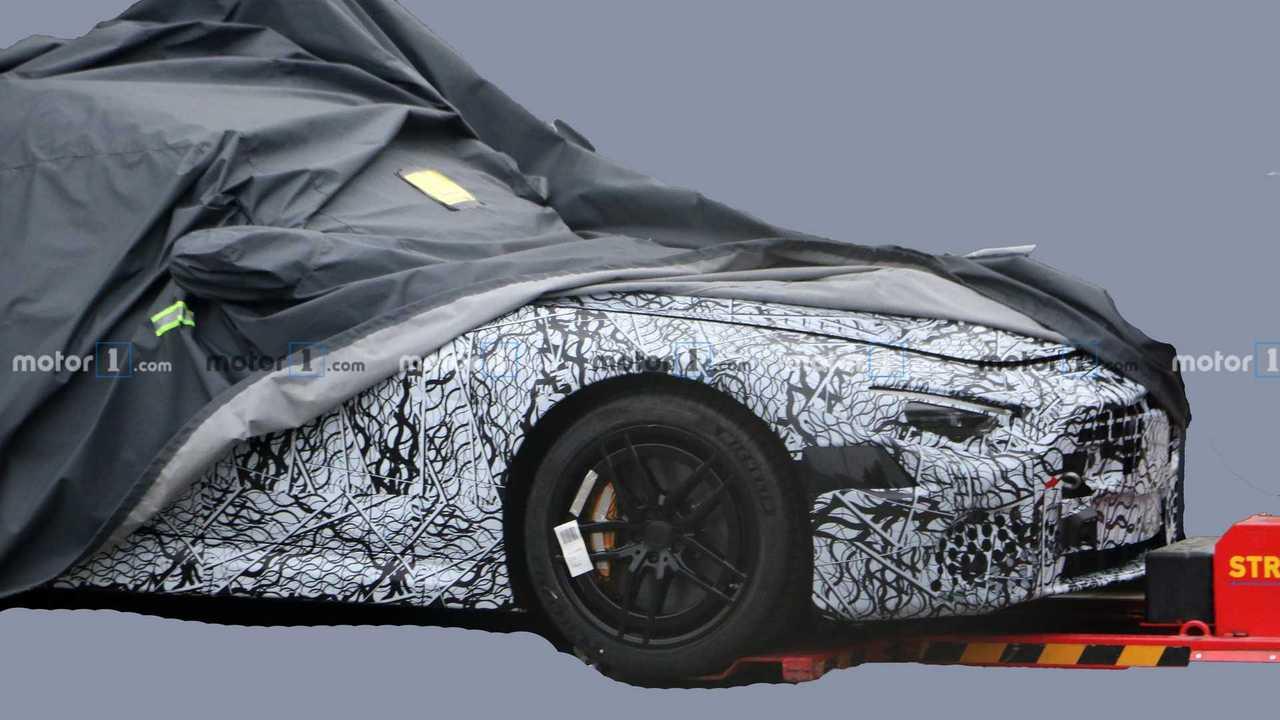 Шпионские фото нового поколения Mercedes-Benz SL