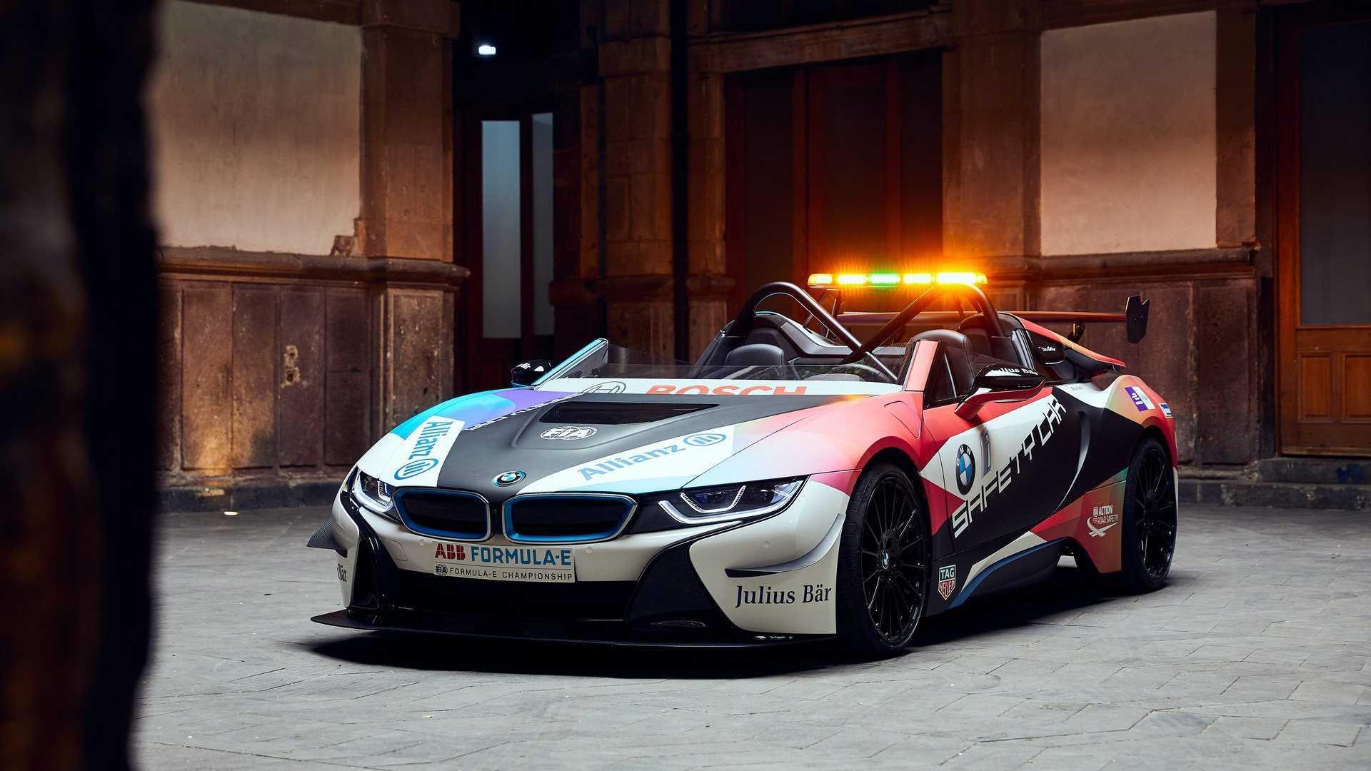 Új festéssel ünnepli a BMW i8 a Formula E-vel kötött szerződéshosszabbítást