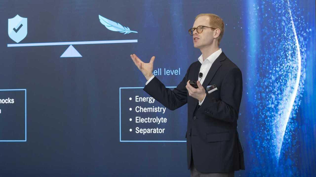 Andreas Hintennach (Daimler-Batterieexperte)