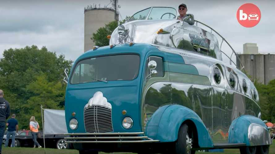 Decoliner Is A $500,000 Double-Decker Driven From The Roof