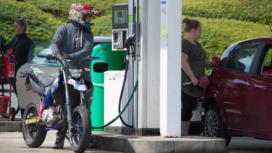 UK: Competition law suspended to help alleviate fuel shortages