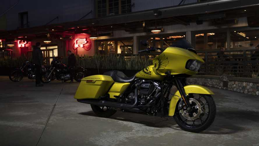 Harley Unveils Special Edition Paint For Road Glide Special