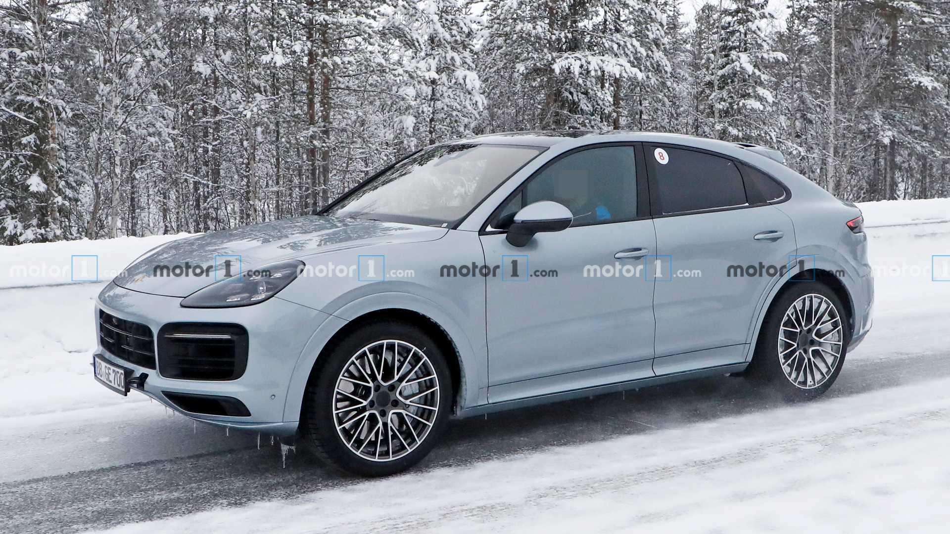 2019 [Porsche] Cayenne coupé - Page 6 Porsche-cayenne-coupe-gt-spy-photos