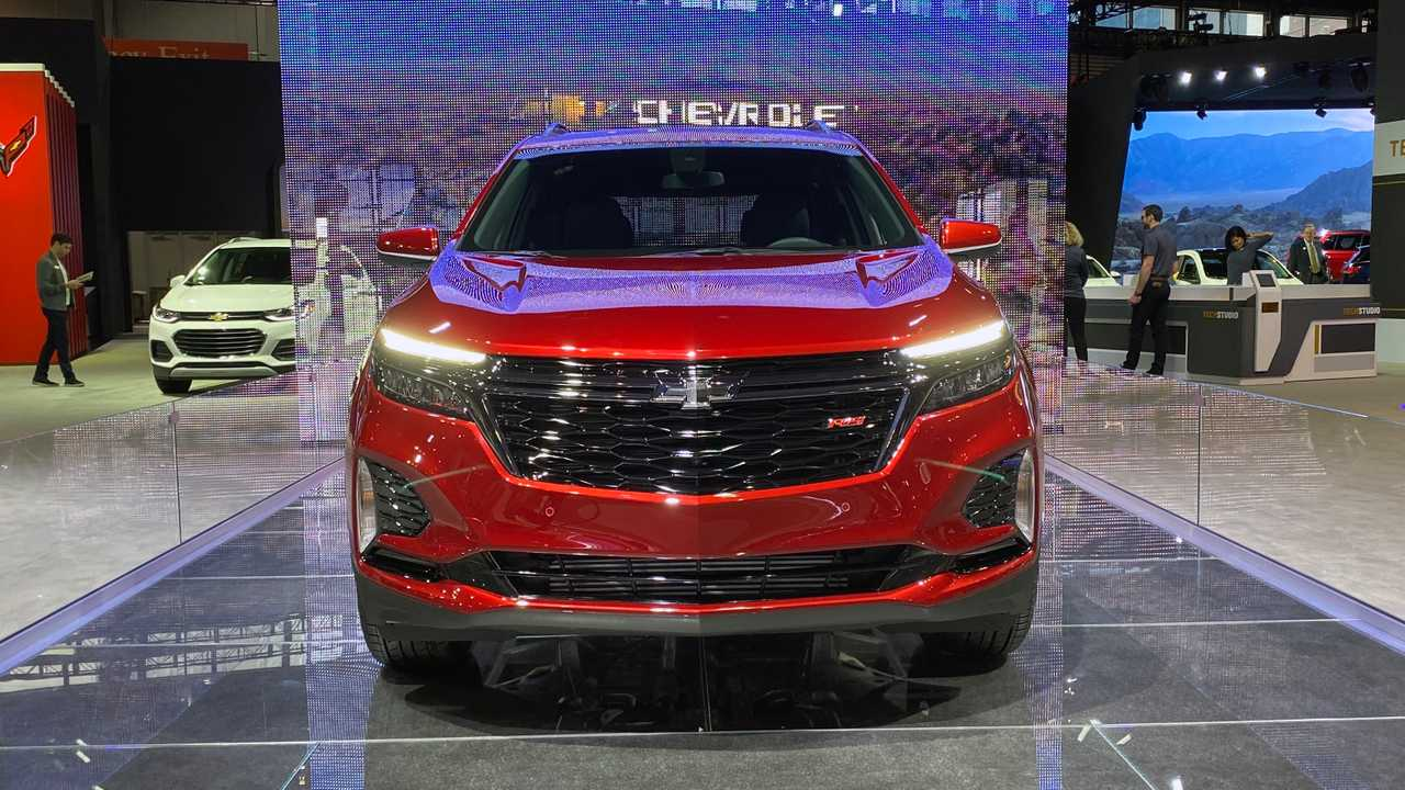2022 Chevy Equinox RS front