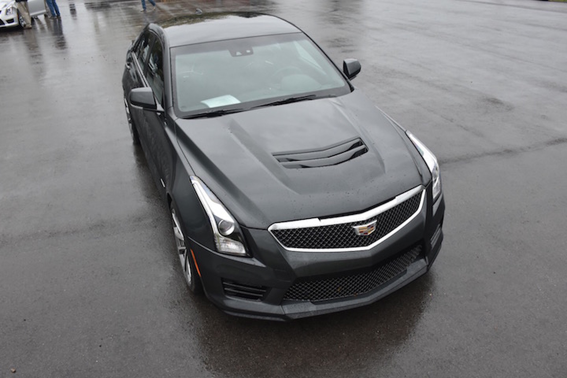 Cadillac Ats V Is The World Fighting Sports Car We Ve Been Waiting
