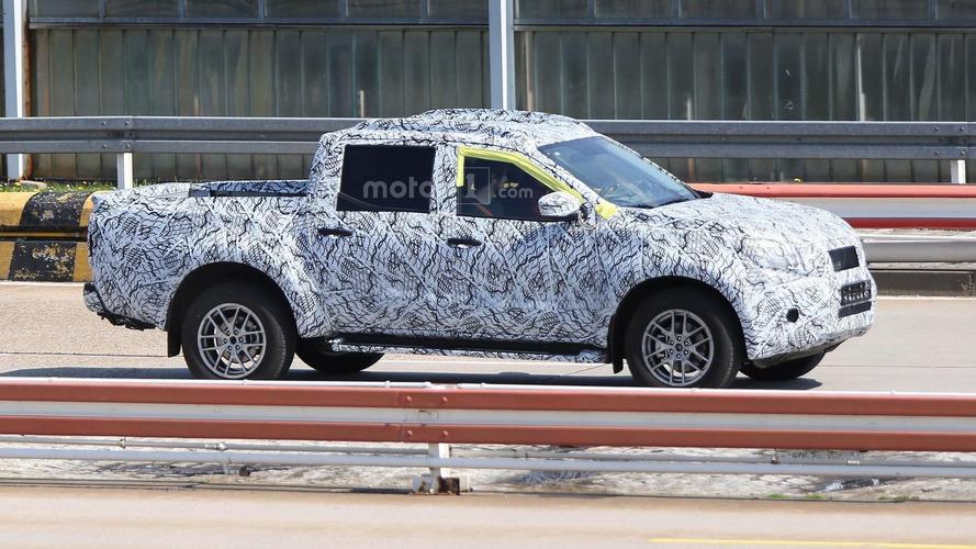 Mercedes GLT Serisi pickup haftaya tanıtılacak