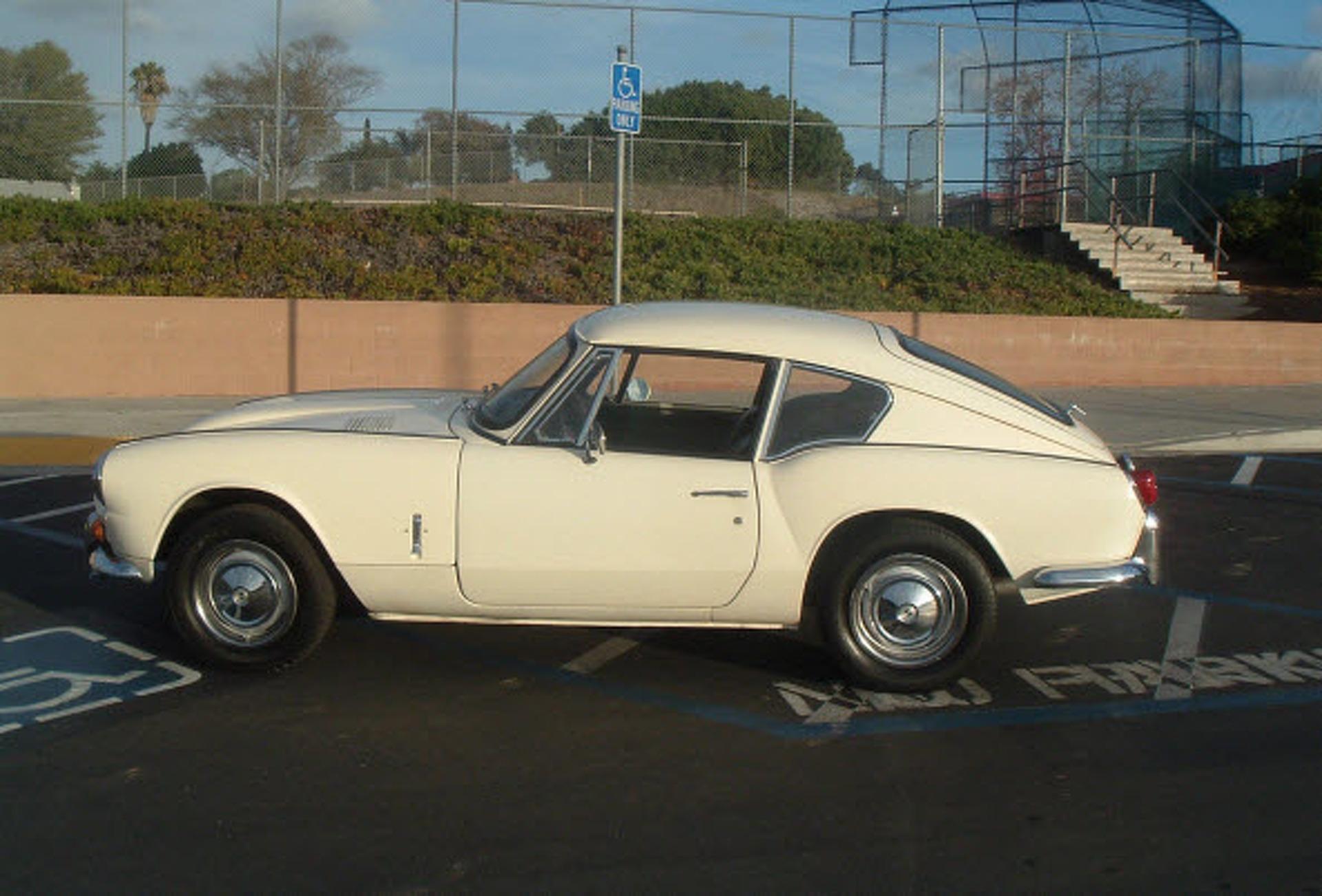Ebay Car Of The Week 1968 Triumph Gt6 Mk1 Motor1 Com Photos