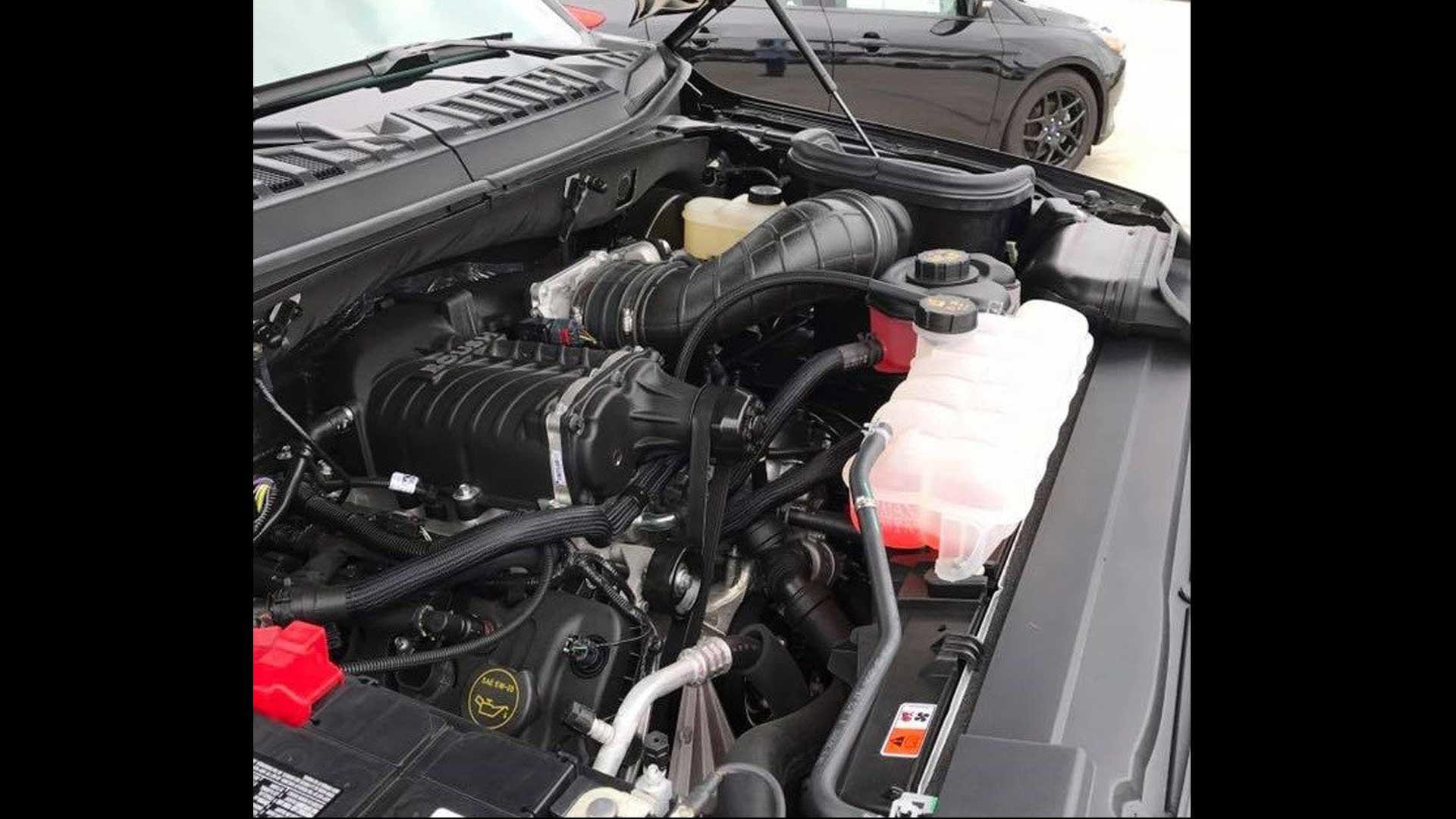 watch the dealer built ford f 150 lightning do a sweet burnout
