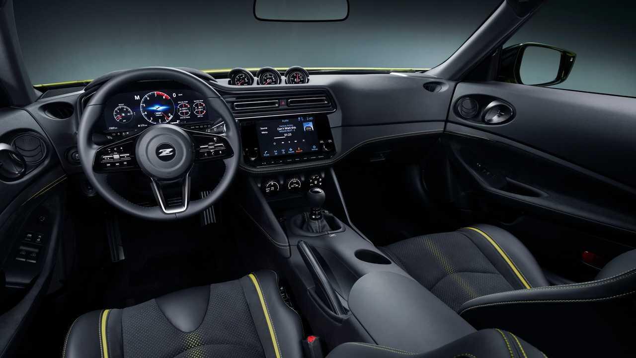 [Image: nissan-z-proto-interior.jpg]