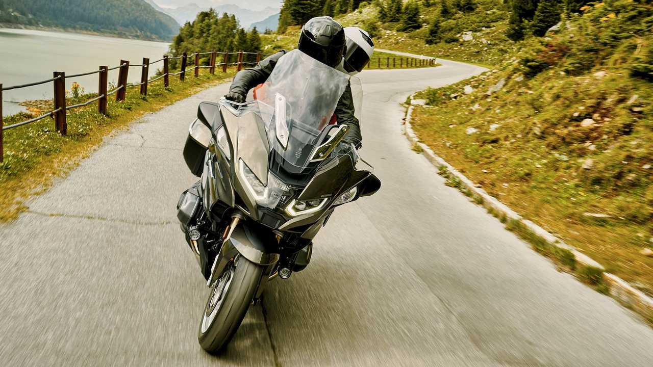 2021 BMW R 1250 RT, Action, Front
