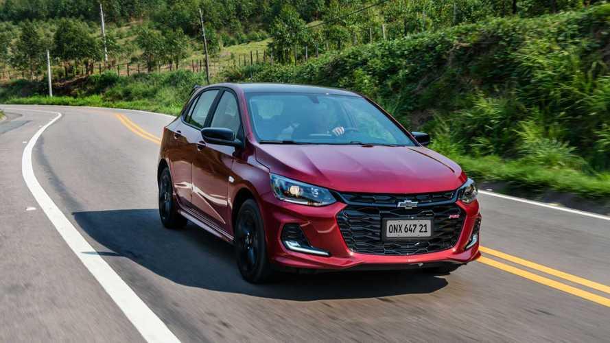 Chevrolet Onix recupera liderança nas vendas de outubro; veja o ranking