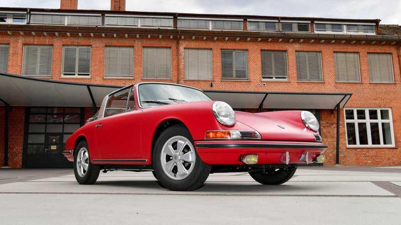 1967 Porsche 911 S Targa Restored Front View