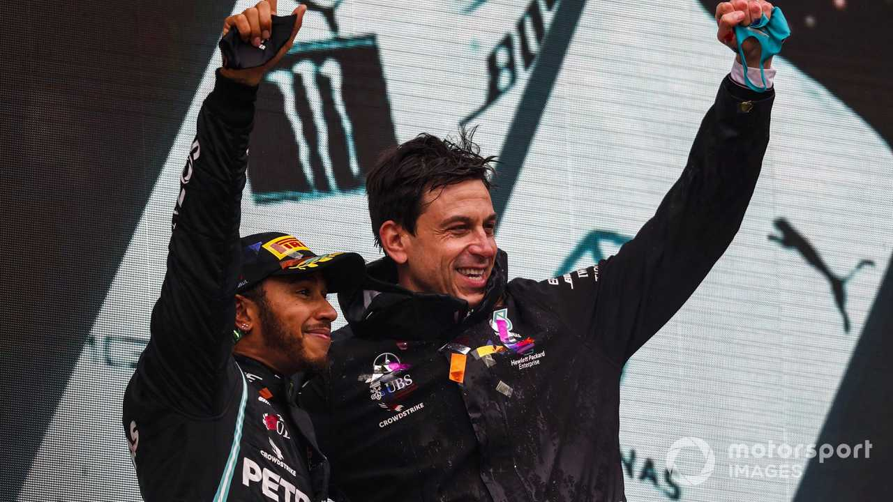 Lewis Hamilton and Toto Wolff at Turkish GP 2020