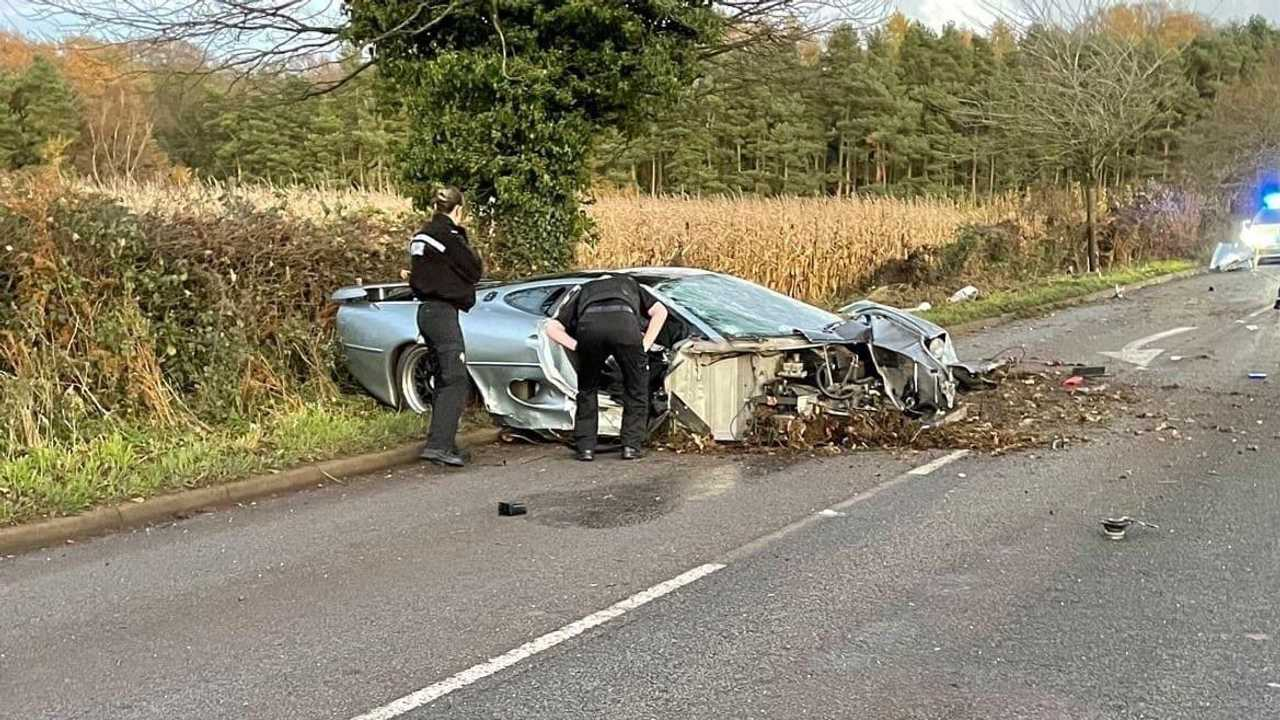 Crash Jaguar XJ