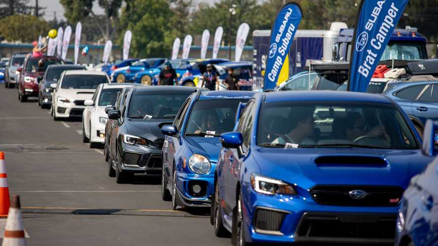 Subaru sets Guinness World Record for longest parade of Subies