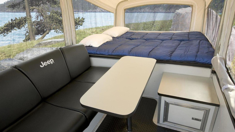 Jeep reveals first off-road camper trailers