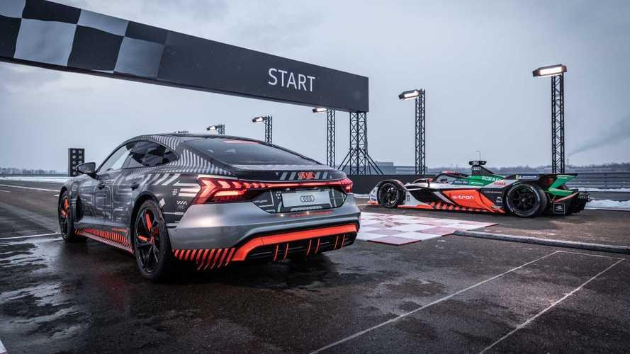 VIDÉO - L'Audi RS e-tron GT affronte une Formule E !