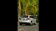 Fiat Freemont ganhará motor flex e câmbio automático de seis marchas na linha 2014