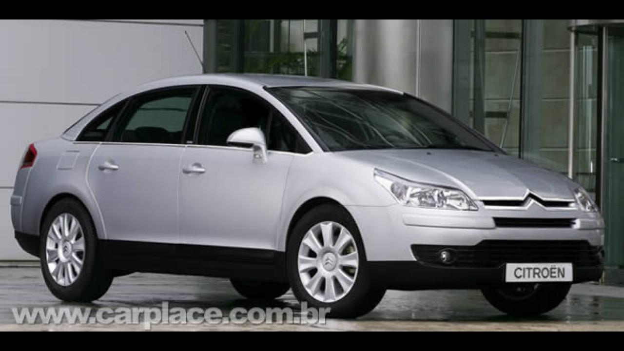Citroën C4 Pallas Flex equipado com câmbio manual já está nas lojas por R$ 61.420