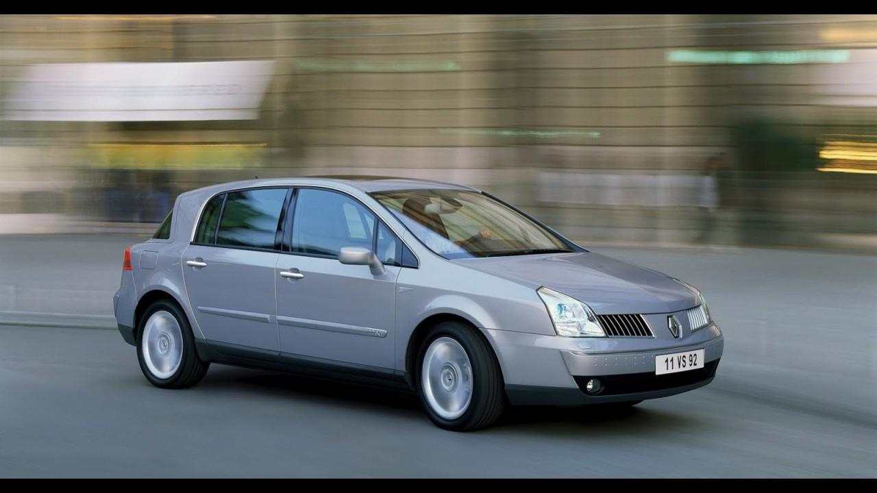 Renault planeja novo modelo de luxo baseado em plataforma da Mercedes