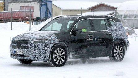 Mercedes EQB spied winter testing in Sweden