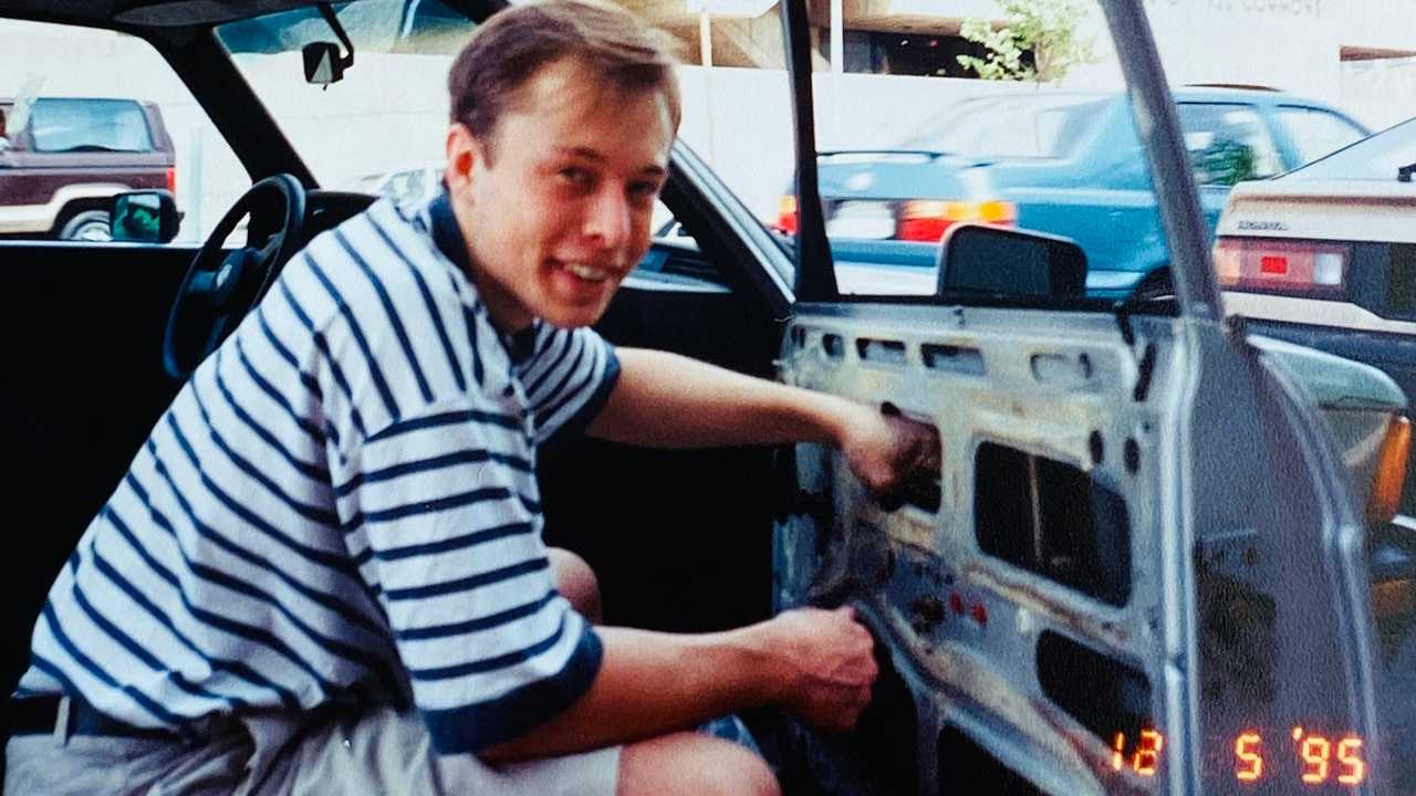 Elon Musk's 1978 BMW 320i
