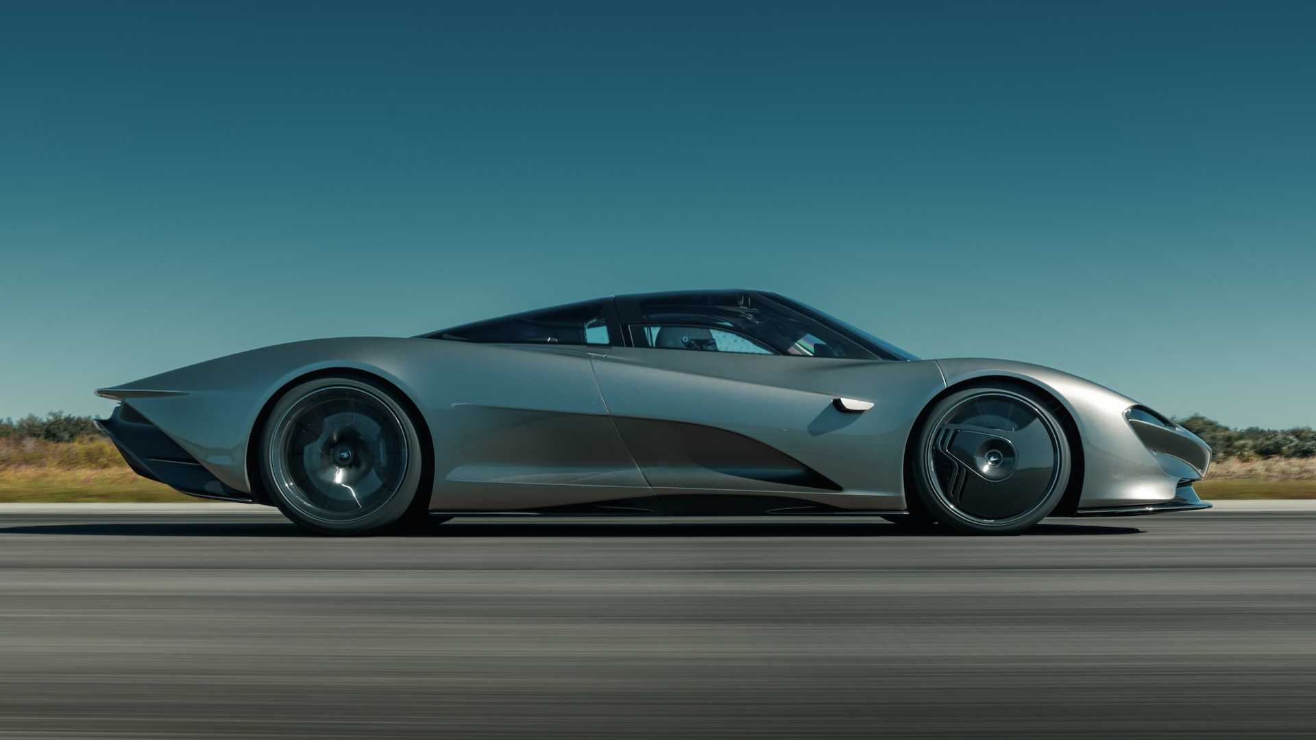 McLaren Speedtail Top Speed Run